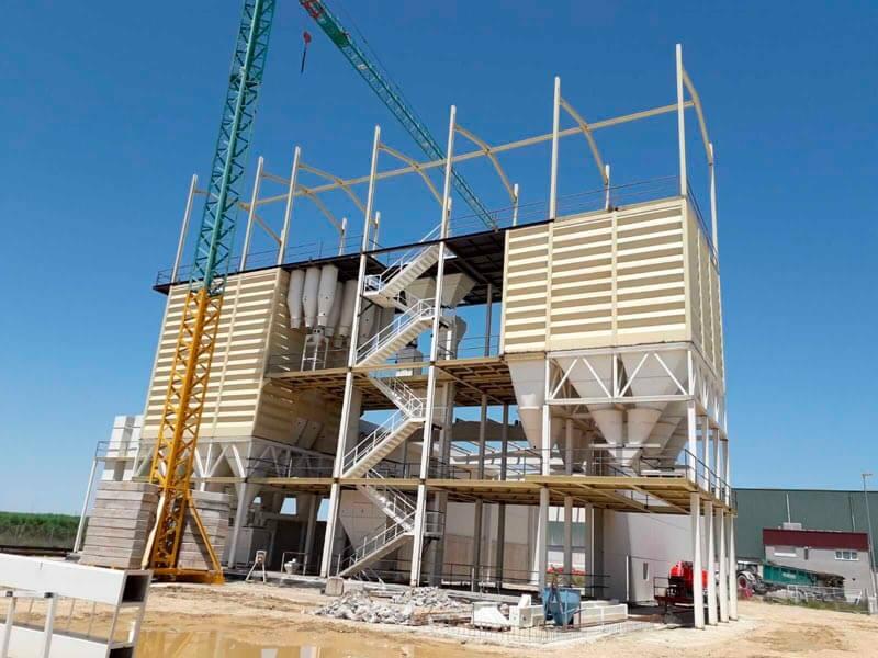 La construction de l'usine d'aliments pour bétail de Jiménez Cambra continue d'avancer